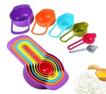 6 Piece Measuring Cups and Spoons.