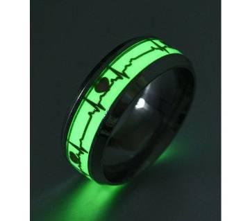 Black Finger Ring