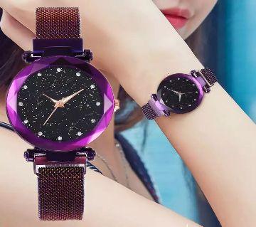 Magnet Chain Ladies Wrist Watch