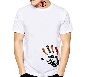 Hand-fashionable-t-shirt
