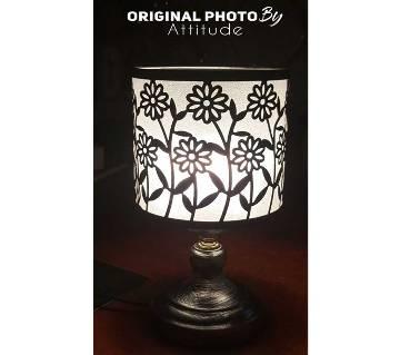 Beautiful Design BlackLight1 Traditional Table Lamp