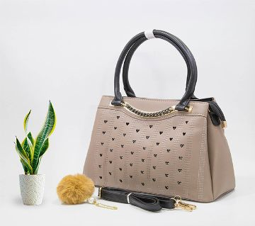 Woman handbags with Top Handle and Shoulder strap.