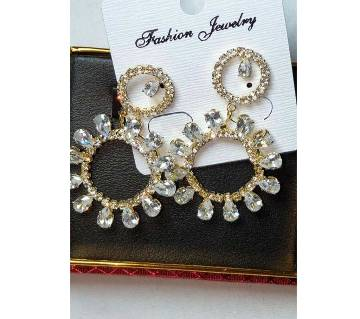 Diamond Cut Ear Ring - Golden