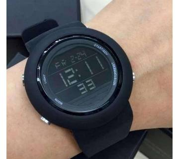 Elegant and luxurious waterproof sports watch for men