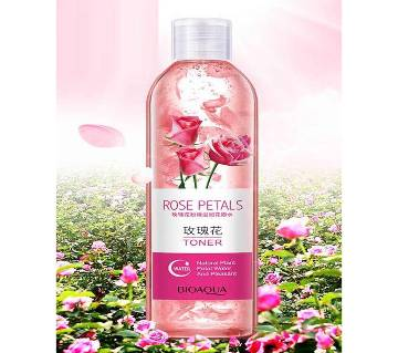 Bioaqua Rose Petals Whitening Essence Face Toners (China)
