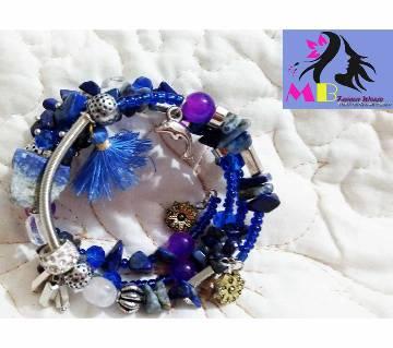 Adjustable spiral layer bracelet
