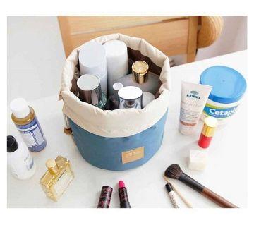 Cosmetic And Make Up Organizer Bag