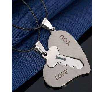 Love key silver color pendant necklaces.