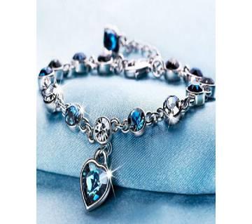 1 pcs heart blue crystal bracelets.