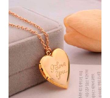 i love u pendant neckleces golden color