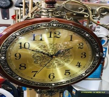 Big wal clock