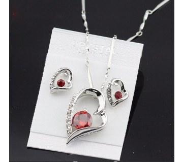 Crystal Heart shaped pendant set