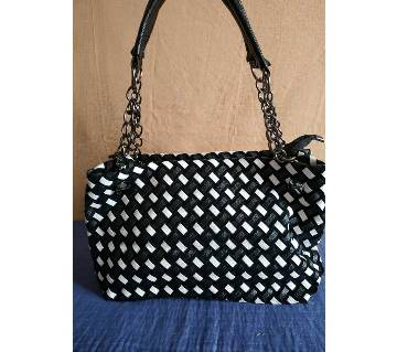 Ladies Trendy Hand Bag