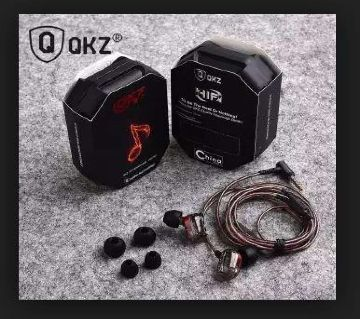 DM7 Zinc Alloy In Ear Earphone - Black