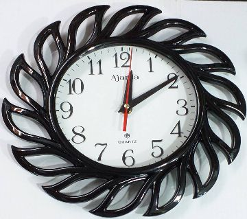 BEAUTIFUL STYLISH WALL CLOCK