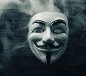 Anonymous / Guy Fawkes Mask - White