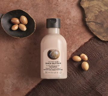The Body Shop Shea Butter Richly Replenishing Shampoo 250ml (UK)