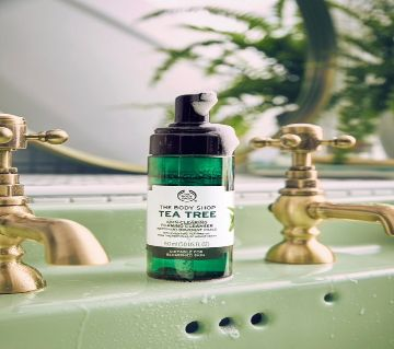 The Body Shop Tea Tree Skin Clearing Foaming Cleanser 150ML UK