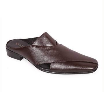 Venturini Men's Brown Soft Leather Heel Sandal | AjkerDeal.com1