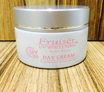 Day Cream Fruiser UV 50 ML - Malaysia