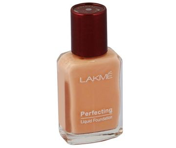 LAKME  Pearl  Perfecting Liquid Foundation